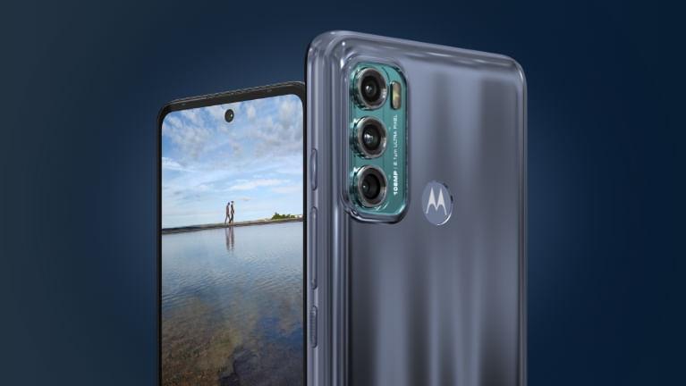 Moto-G60-pdp-fullbleed-camera-overview.jpg